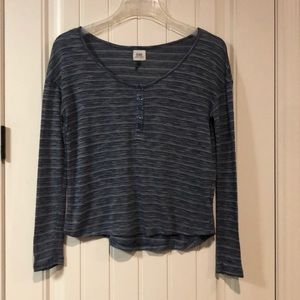 C&S cropped sweater med